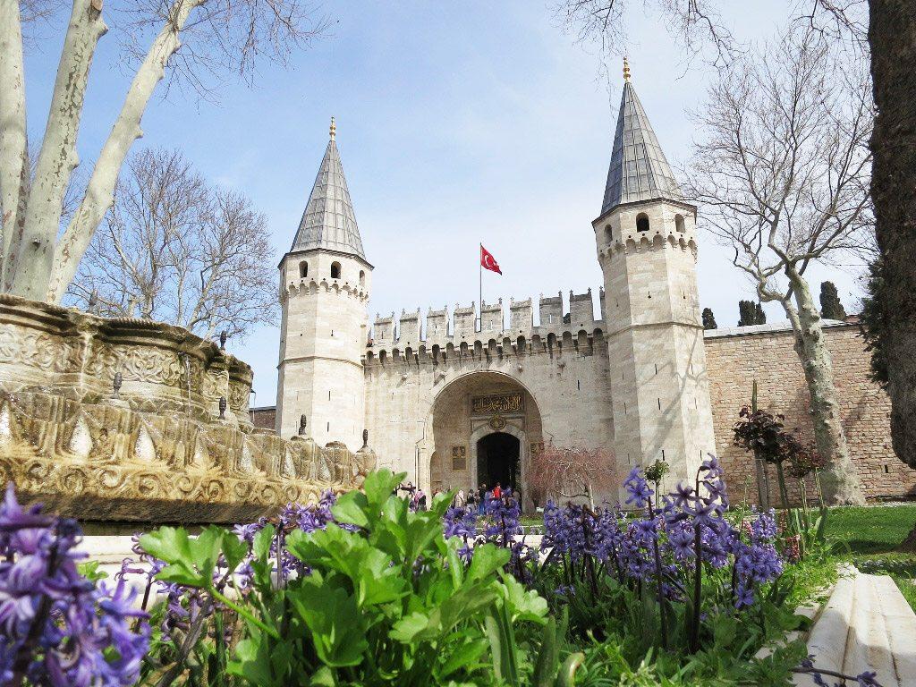 افضل الاماكن السياحية فى اسطنبول قصر توب كابى