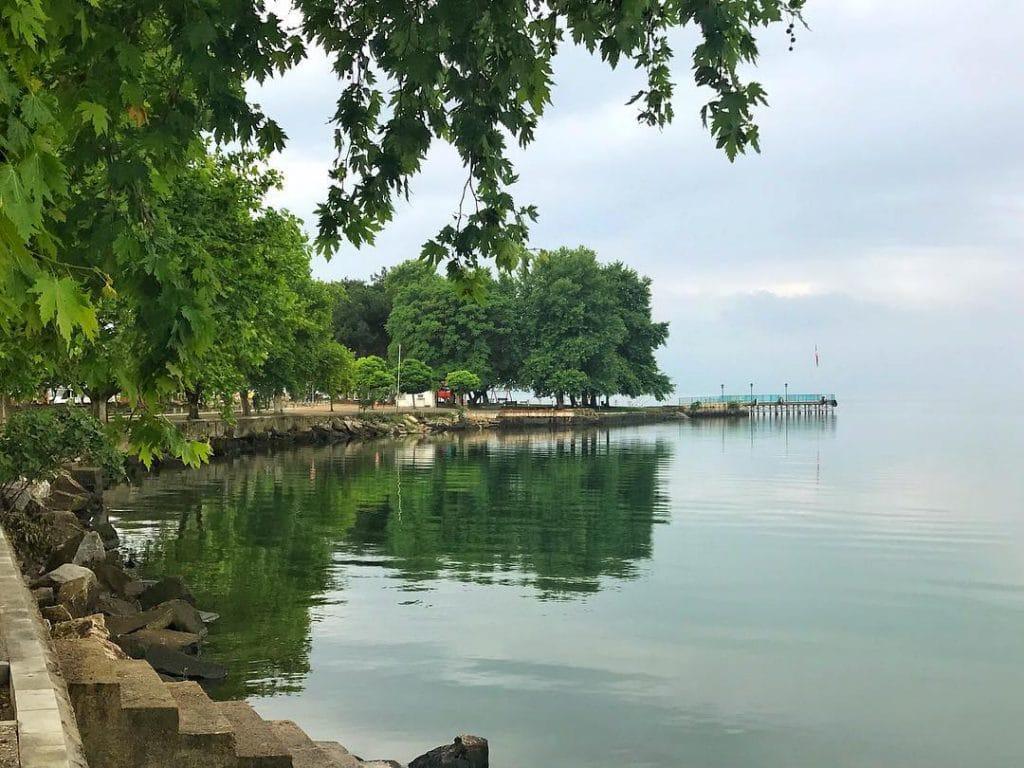 بحيرة ازنك فى يلوا