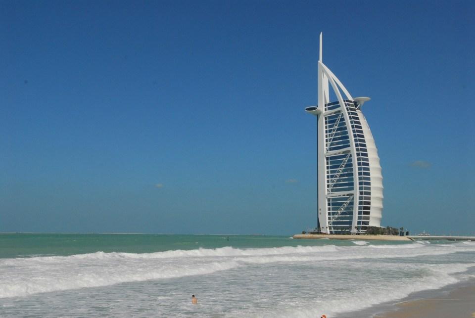أحد الأبراج في دبي
