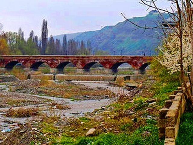 جسر كوديالتشي الآثري: