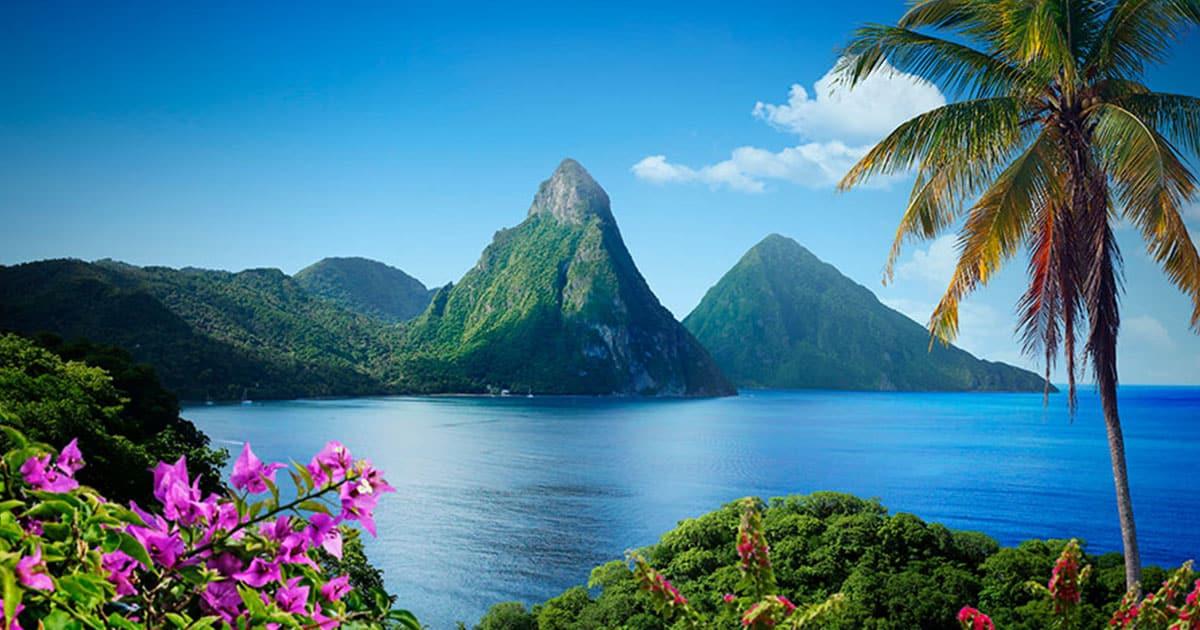 """أحد الدول في شرق الكاريبي"""" سانت لوسيا"""""""