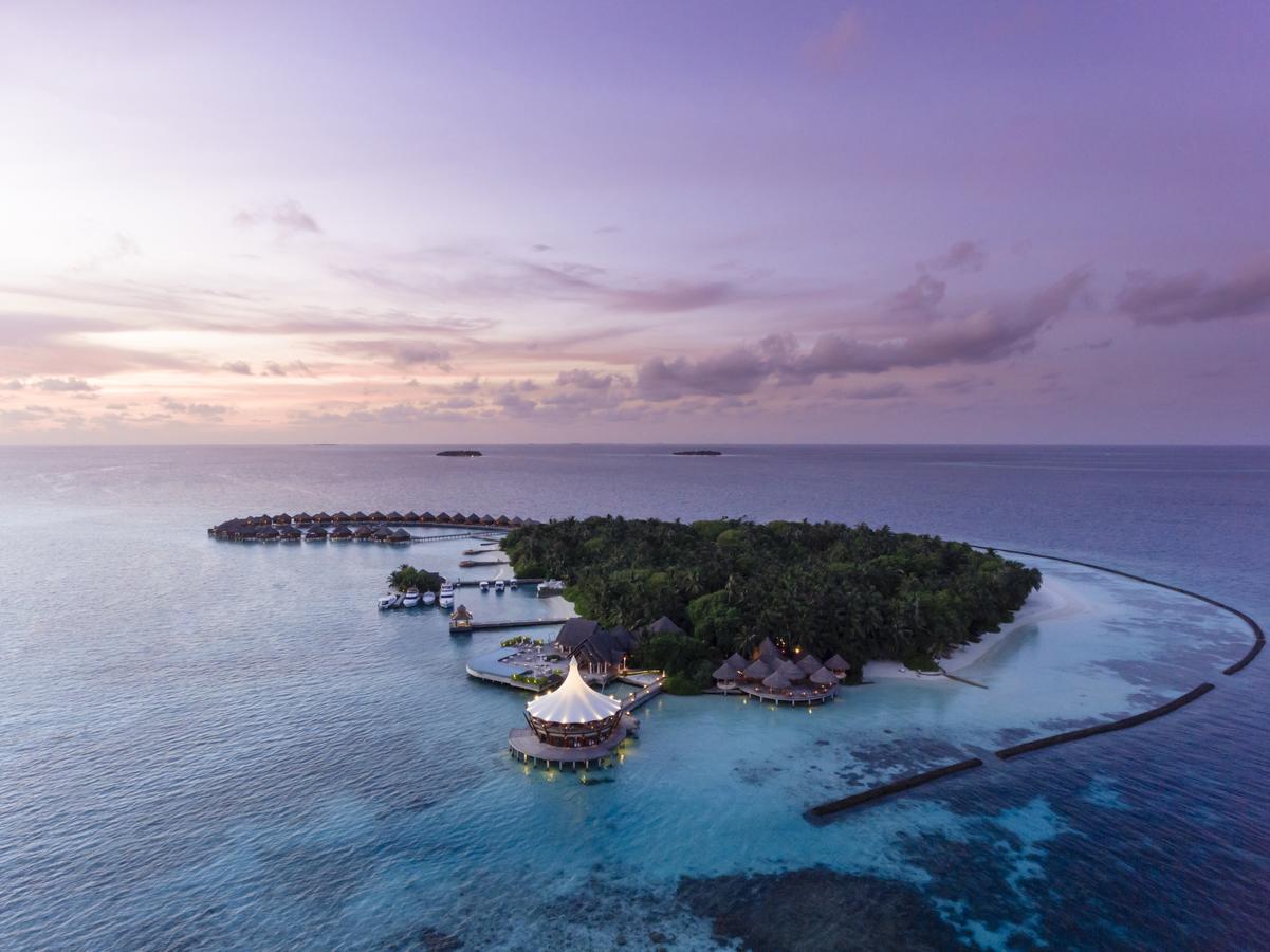 Resort Baros Maldives, North Male Atoll, Maldives - Booking.com