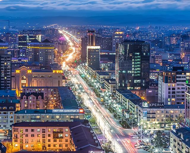 سكان منغوليا