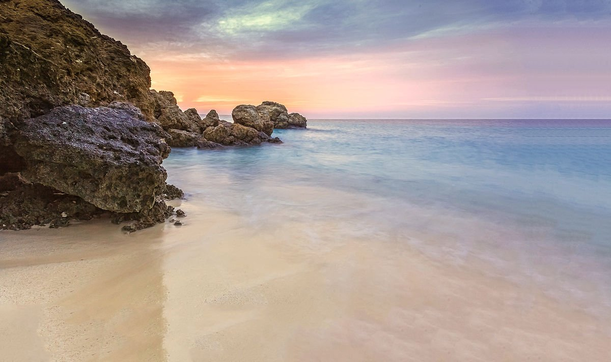 شاطئ رملي