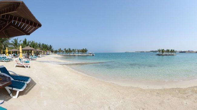 شاطئ الرمال الفضية