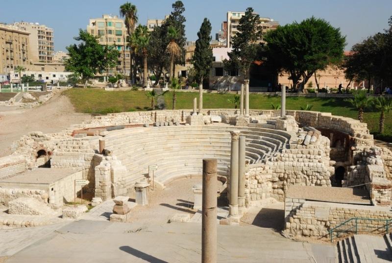 المسرح الروماني أحد أهم معالم السياحة في الإسكندرية