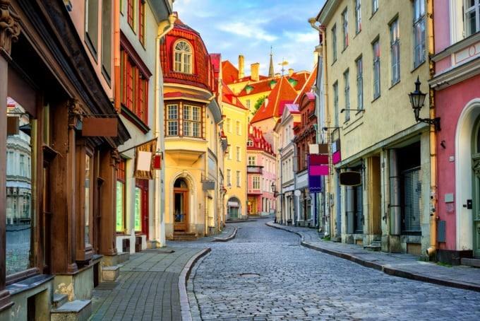 تالين عاصمة جمهورية إستونيا